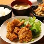 まーさん酒場 - 鶏の唐揚げ定食