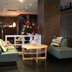 飲茶香房 - アットホームなソファー席もございます。