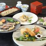 蕎麦 木曽路 - いつもとは違った格別なお料理と、厳選した日本酒をお楽しみください。