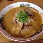 中華そば 遊山 - 遊山(豚骨醤油)650円