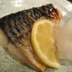 22702040 - 鯖の塩焼き
