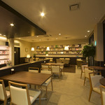 キズナカフェ - ◆広々としな店内でゆったりとお寛ぎ下さい◆