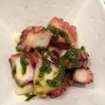 神楽坂 ワイン好きのためのイタリアン オステリアレガーメ - タコのコンフィ白インゲンのバジル風味
