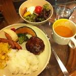 APPLE's Cafe&Diner - ハワイアン・ブッフェ/月曜日限定 昼1500円 夜1900円 充実な種類で飲み物はジュースが豊富で大満足!