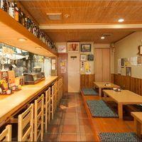 花茶夢 - 店内は、明るく落ち着いた雰囲気の和空間です。
