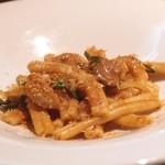 トラットリア チーボ - 熟成生しらす唐辛子漬けペーストとトマトのカサレッチェ