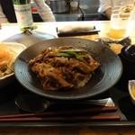 22718308 - 牛すき丼