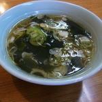 らーめん武蔵 - チャーハンにつくスープ