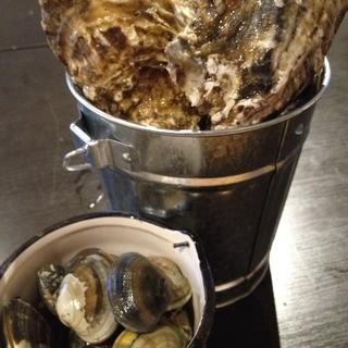大粒の自慢の牡蠣!是非ご賞味ください!