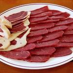ダチョウ王国 軽食コーナー - ダチョウ肉のBBQセット 二人前3000円 (^^