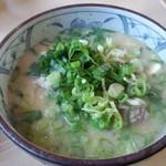 白ひげ食堂 - 豚汁ラーメン