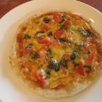 スパゲッテリア アリオ - トマトのバジリコミニピッツァ¥450