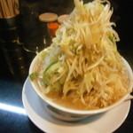 ラーメン たくのじ - 醤油¥650 野菜マシマシ