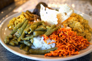 スリランカ料理 ラサハラ - セイロンプレート
