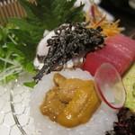 三代豊国 - あおりいか、河豚の炙り刺身、マグロ