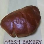 22735125 - クリームパン(140円)