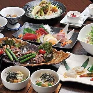 宴会料理3,000円+1,500円飲み放題~ご予約承ります。