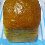 22739472 - かぼちゃのパン(100円)