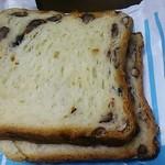 22739485 - 小豆の食パン(200円)