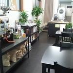 R and R coffee labo - 内観写真:店内でもゆっくりコーヒーをお楽しみいただけます。