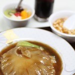 習志野飯店 - 料理写真:フカヒレ丼定食