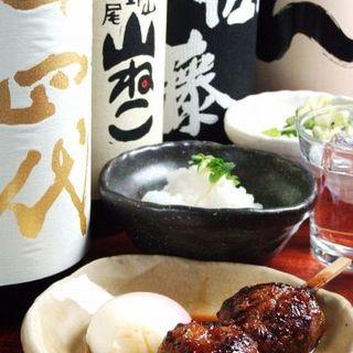 鳥鈴オリジナルの創作料理盛りだくさん