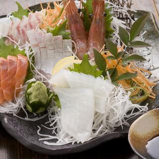 厳選された新鮮な美味しいお刺身を食べるなら「やま奇人」