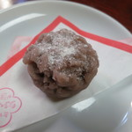 和洋御菓子司とらや - 初霜(キントン・つぶあん)です。