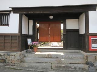 今西家書院 - ここが玄関です。