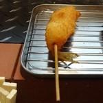 串カツの店 かつーん - かつーんセット(1,000円)の⑥キス(単品150円)