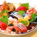 すしやの山孝 - 新鮮な海の味をご堪能ください