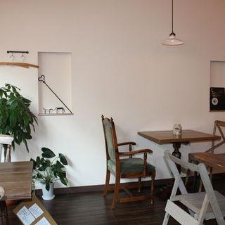 カフェ空間でフレンチ