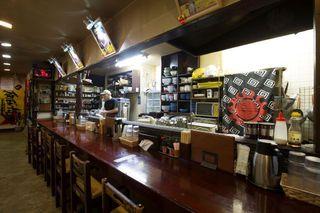 ひまわり - カウンターはもちろん、座敷もご用意しているので宴会も可能です!