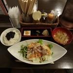 22760177 - ラム温野菜定食500円