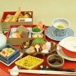 つつじの茶屋 - お子様料理「すばる」※写真はイメージです。