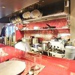 リストランテ シャイー - <'13/11/25撮影>店内のカウンター席の風景です