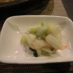 藤乃 - 白菜の浅漬けも良い浸かり具合