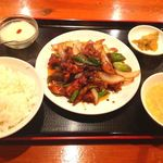 星宿飯店 - D定食(鶏肉味噌炒め)500円