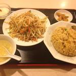 星宿飯店 - 豚肉もやし炒め+チャーハンセット650円