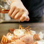 鉄板台所 かちゃぐり屋 - 料理写真:◆活イセエビの鉄板焼―。カウンター席の目の前で調理するため目でも楽しめます♪デートにも最適♪