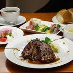 Shirogane-Table - ランチの一番人気は『シェフの気まぐれプチコース』1,480yen