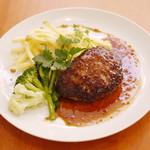 Shirogane-Table - 豆腐ハンバーグのランチはドリンク&パンorライスが付いて950yen