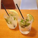 Shirogane-Table - ミントの葉をたっぷり使っ『モヒート』650yen