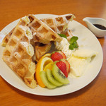 Shirogane-Table - デザートにおすすめ!注文を受けてから焼く『焼きたて豆乳ワッフル』700yen
