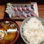 とんかつ 安右衛門 - 秋刀魚の刺身定食