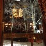 レストラン メドー - 窓の外は一面の深雪