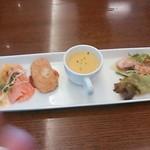 22775213 - ランチ前菜・サラダ・スープ