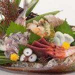 日本海庄や - 【人気No.1】 日本海波盛(5点盛) 1500円(税別)