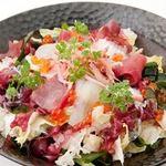 日本海庄や - 海藻たっぷり海鮮サラダ 900円(税別)