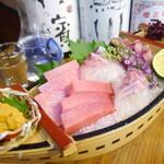 かやしま - 料理写真:【船盛】日替わり新鮮な船盛